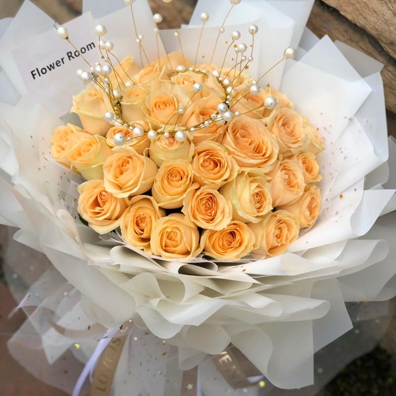 心如烈火——33支精品香槟玫瑰