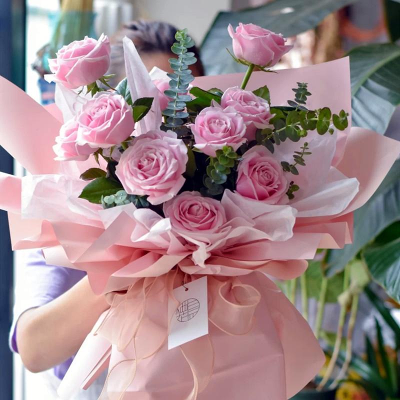 欣喜若狂——11支精品粉玫瑰