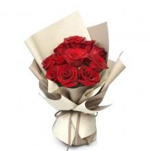 心心相印——11支精品红玫瑰