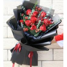 黑夜相思——11支精品红玫瑰