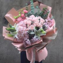 甜蜜约会——16支精品粉玫瑰+2支多头百合