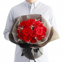 长相厮守——19支精品红玫瑰